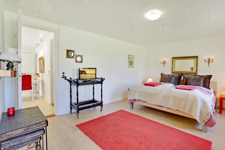 Det røde værelse og køkken alrum.jpg