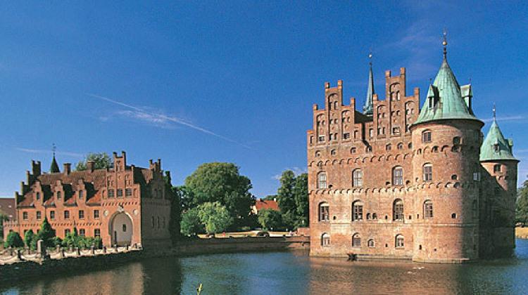 Egeskov Slot er en stor attraktion.jpg