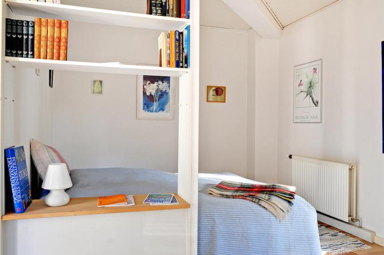 Lyse værelser med gode senge.jpg